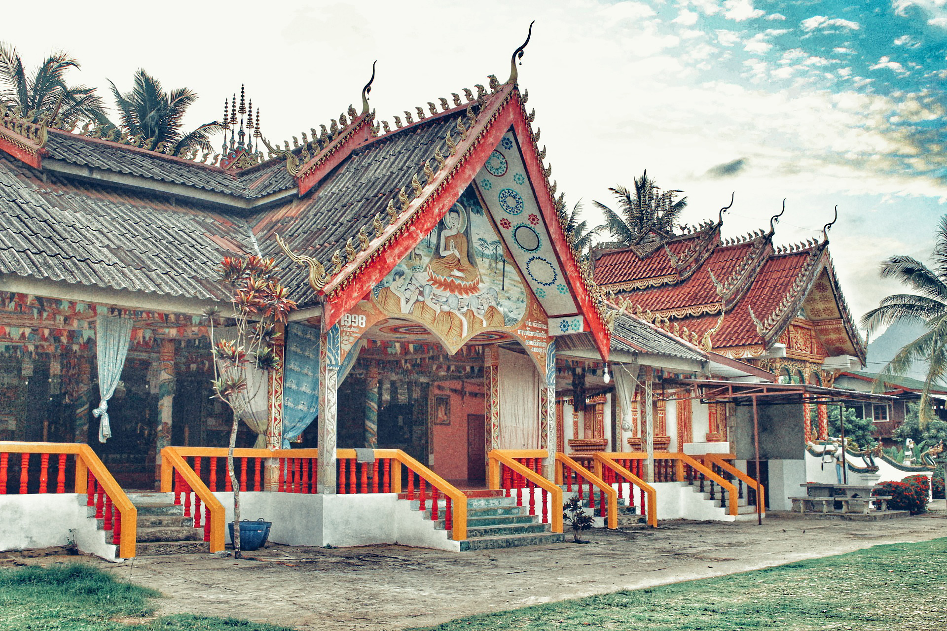 best things to do in Vang Vieng - visit temples