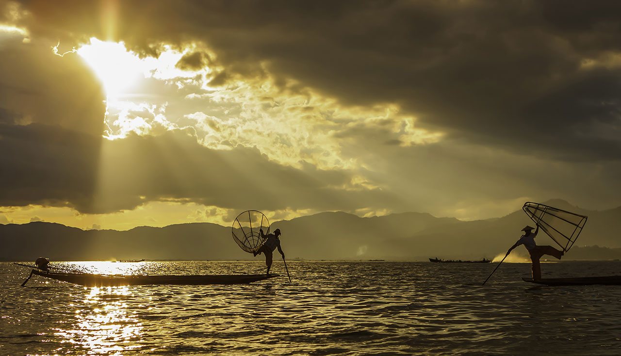 book bus tickets to Inle Lake